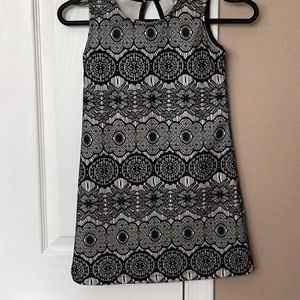 Other - NWOT Girls sz 7 Black and white dress